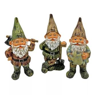 Set of 3 Garden Gnome Ornaments Traditional Design Outdoor Gnomes