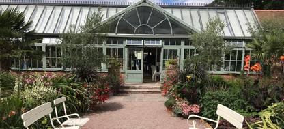 tropical restaurant at Abbeywood Gardens